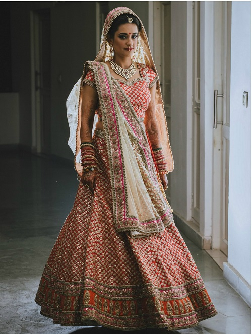 5 brides who wore red lehengas