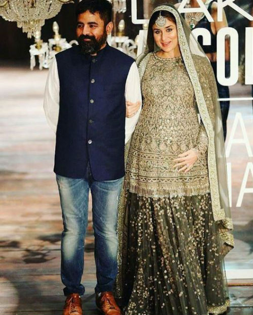 7 Kareena walked the ramp
