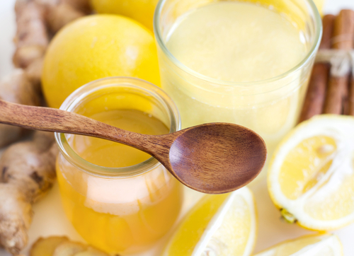 1 back acne home remedies - lemon juice