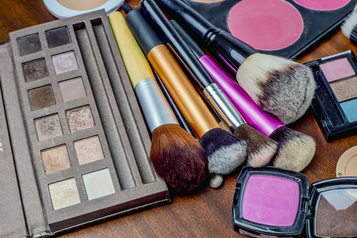 2 reasons to get a makeup trial