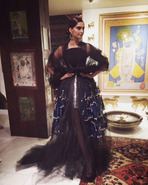 15 best outfits of sonam kapoor