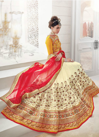 2 karva chauth outfit ideas