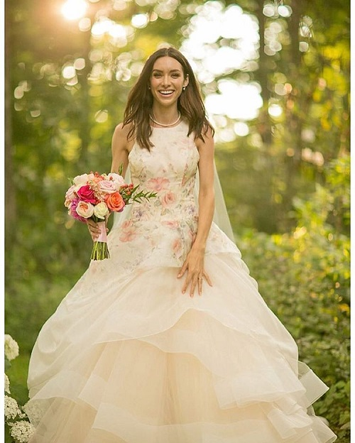 4 colourful wedding gowns