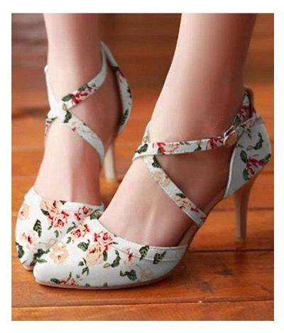 fancy-floral-indo-western-shoes
