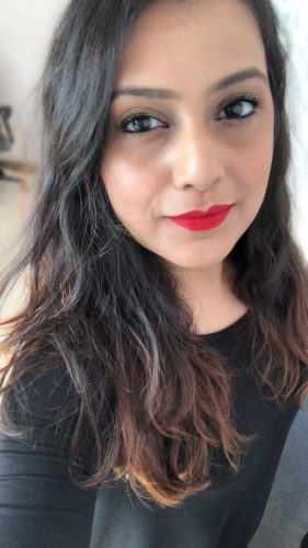 mac-ruby-woo-review-on-different-skin-india-best-red-lipstick (4)