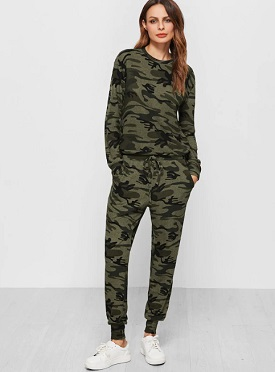 Camo Print Sweatsuit Winter Wear
