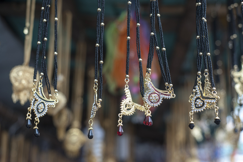 3 buying a mangalsutra