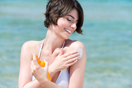 9 ways to get glowing skin - sunscreen