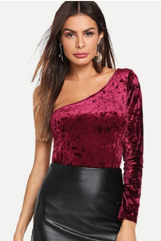 one-shoulder-top-attractive-outfit