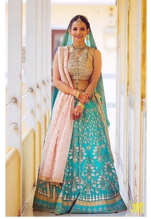 2 bridal lehengas of 2016