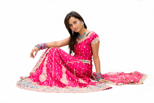 2 what not to do while wearing a lehenga