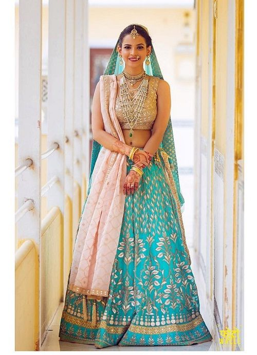 4 lehenga colours for a day wedding