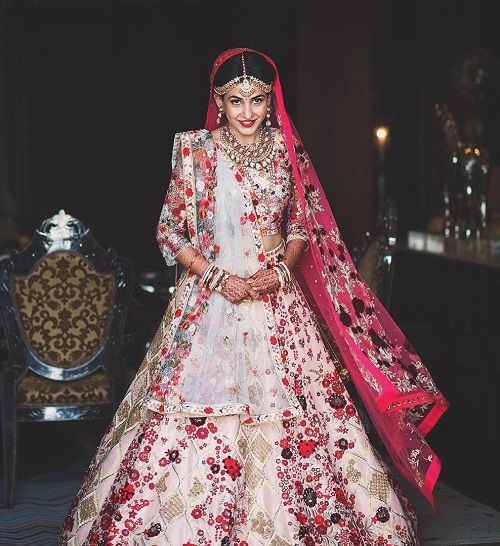 7 lehenga colours for a day wedding