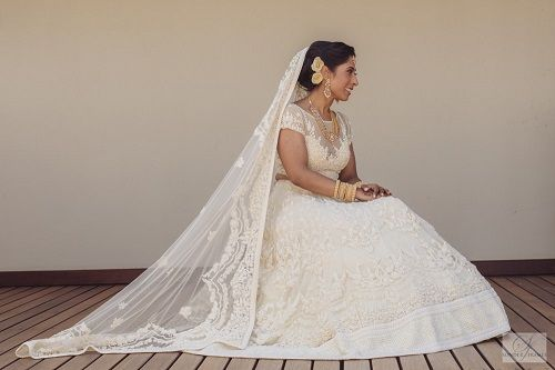 8 lehenga colours for a day wedding