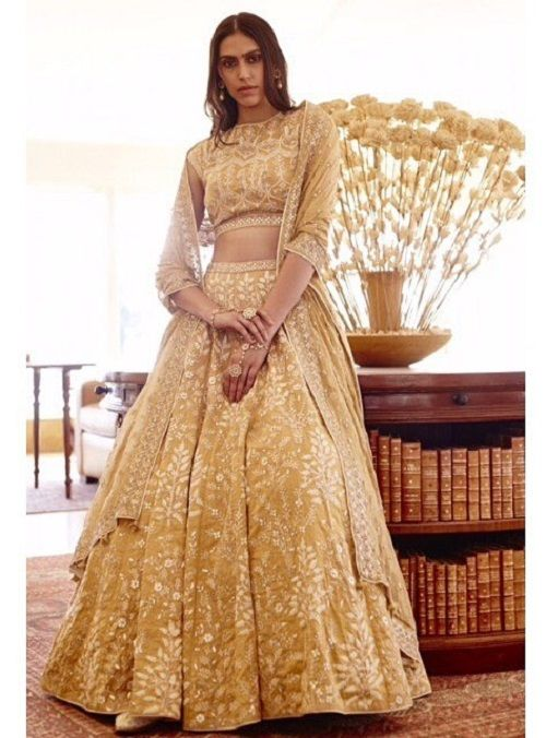 1 wedding lehenga for your personality