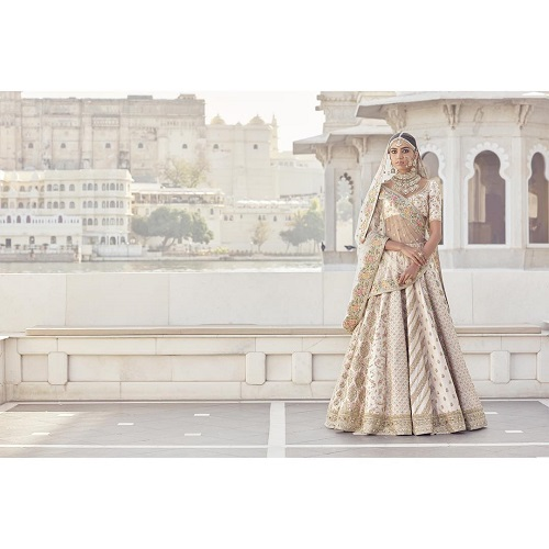 3 wedding lehenga for your personality
