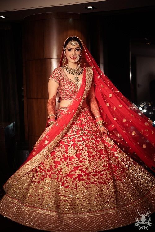 5 red bridal lehengas