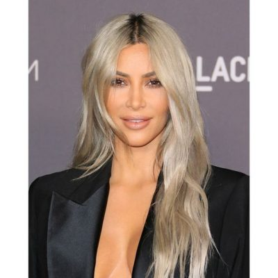 12-haircut-for-women-kim-k-mid-layers-long-hair
