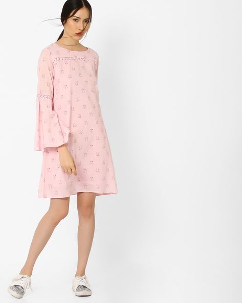 4. dresses with sleeves