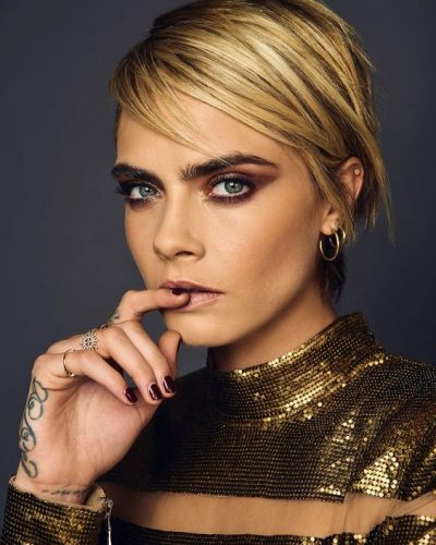 6-haircut-for-women-cara-delevingne-side-swept-pixie-short