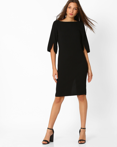 9. dresses with sleeves