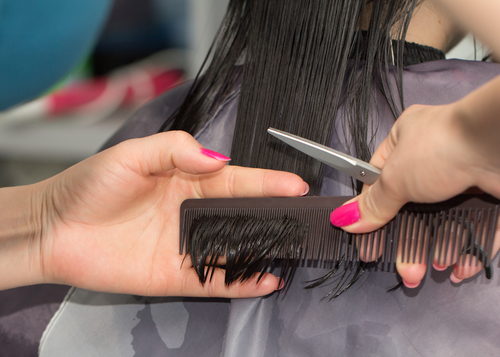 15 not do to your hair in your 20s - go for regular hair trims