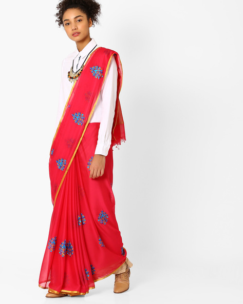 5 indian wear trends  Embroidered Saree with Contrast Border