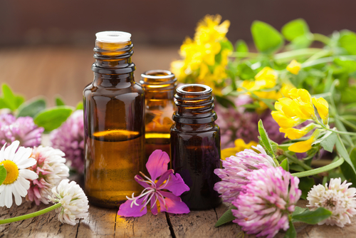 9 treatments for sensitive skin - essential oils
