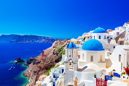 3 holiday destinations - santorini