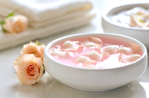 6 care of your undereye area - rose water for dark circles