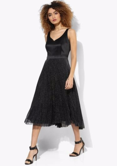 5 party dresses - Black Plisse Prom Dress