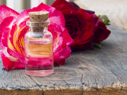 6 beauty treatments - apply rose water as a toner