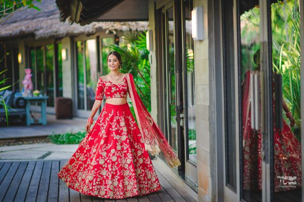 stylish bridal outfits wedding lehenga