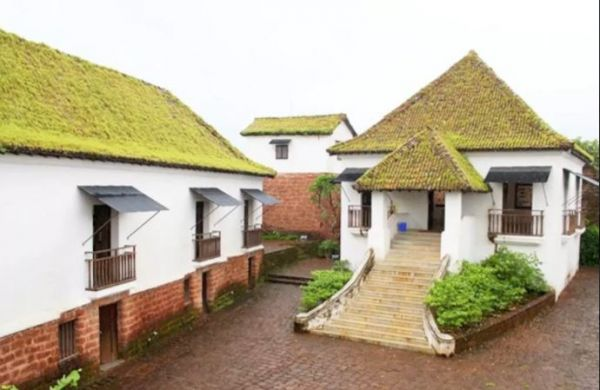 4 airbnbs in goa