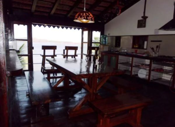 5 airbnbs in goa
