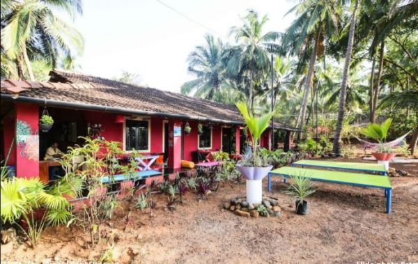 6 airbnbs in goa