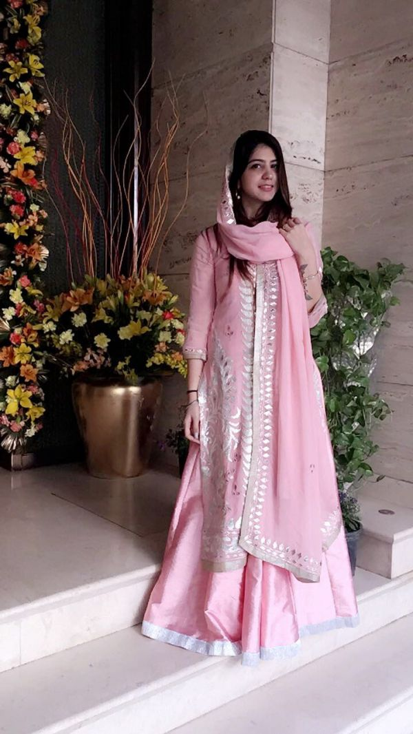 7 wedding season light pink suit