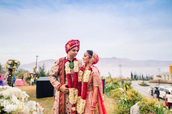 15 destination wedding bride and groom