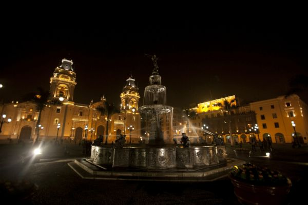 Main square of Lima at night