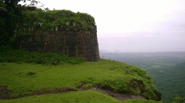 6 forts around mumbai - sagargad fort