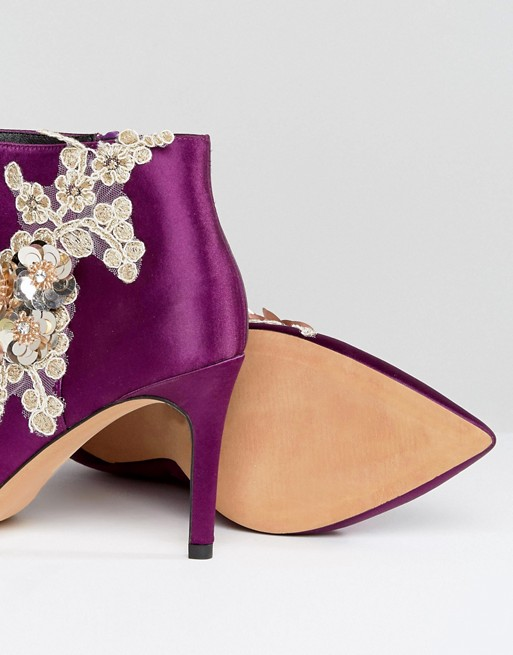 2 internal  satin heeled ankle boots