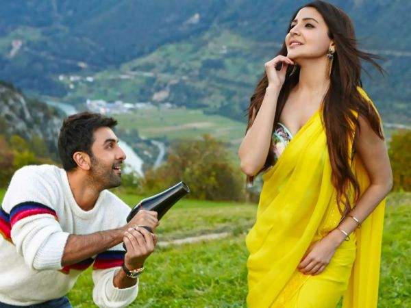 4 saree - ae dil hi mushkil anushka sharma yellow saree