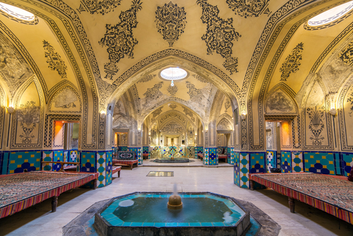 1 - iran kashan hammam - fun things to do with your girlfriends