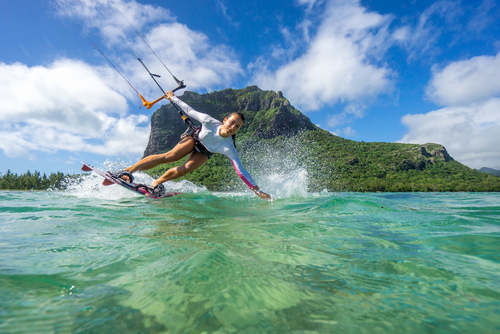 2 - st vincent and the grenadines kitesurfing - fun things to do with your girlfriends
