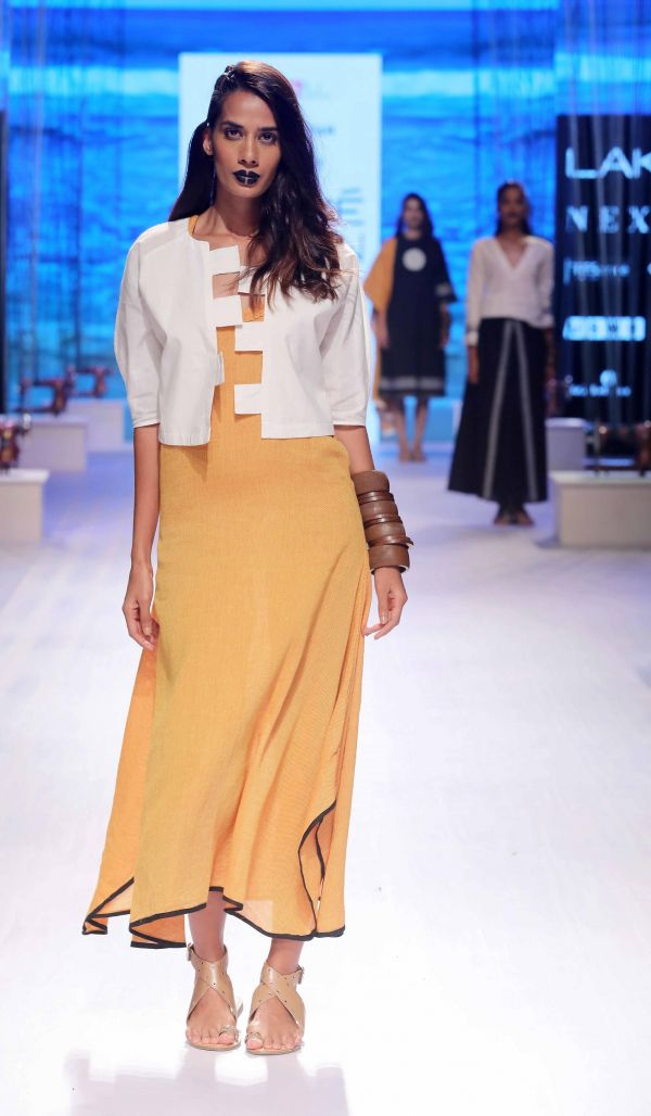 14 The WIndow to the World collection by Sreejith Jeevan for Lakme Fashion Week Summer Resort 2018