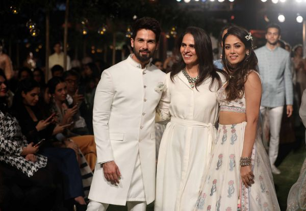 1 From L-R- Shahid Kapoor  Anita Dongre and Mira Rajput at Lakme Fashion Week 2018