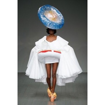 5 condom - edwin mohney london fashion week pool skirt