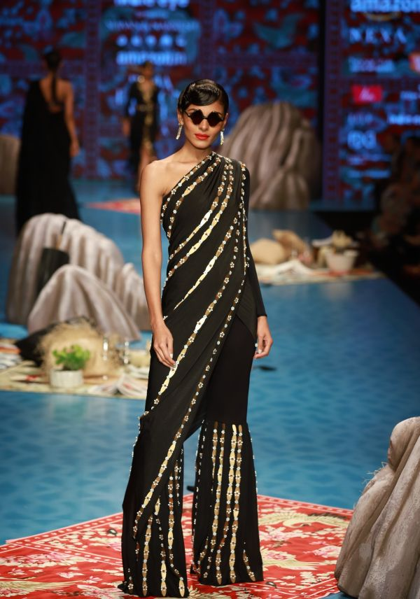 5 saree - Shivan   Narresh
