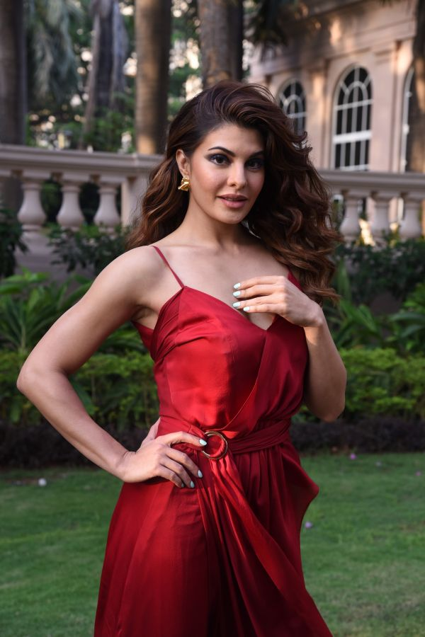 Brand Ambassador  Jacqueline Fernandez at The Body Shop's Masterclass post Look 2