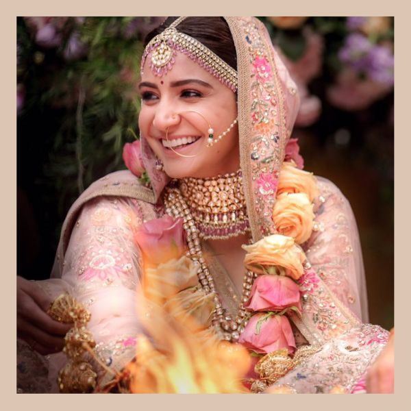 3 anushka sharma - wedding sabyasachi